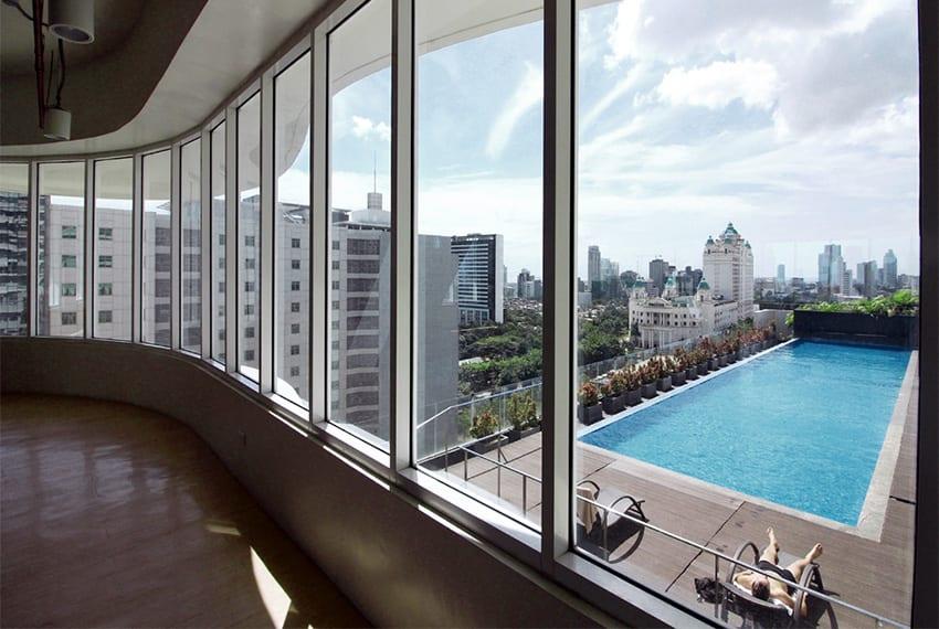 calyx-pool-view