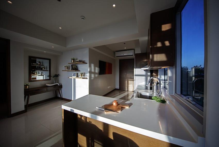 luxury-2-bedroom-for-rent-kitchen