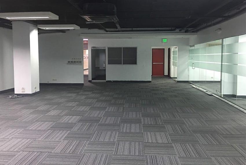 office-space-in-IT-park-carpet