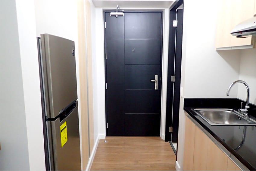 solinea-studio-for-rent-kitchen