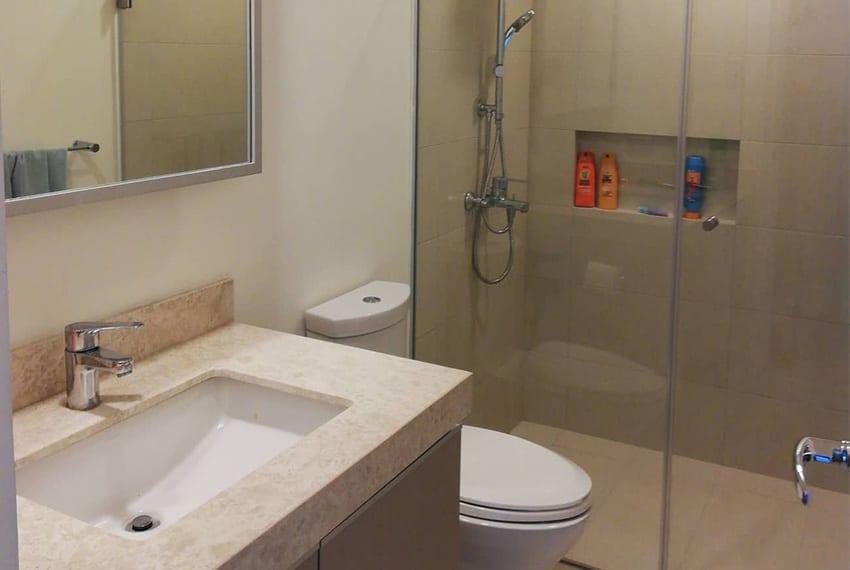 2-bedroom-in-32-sanson-guest-toilet