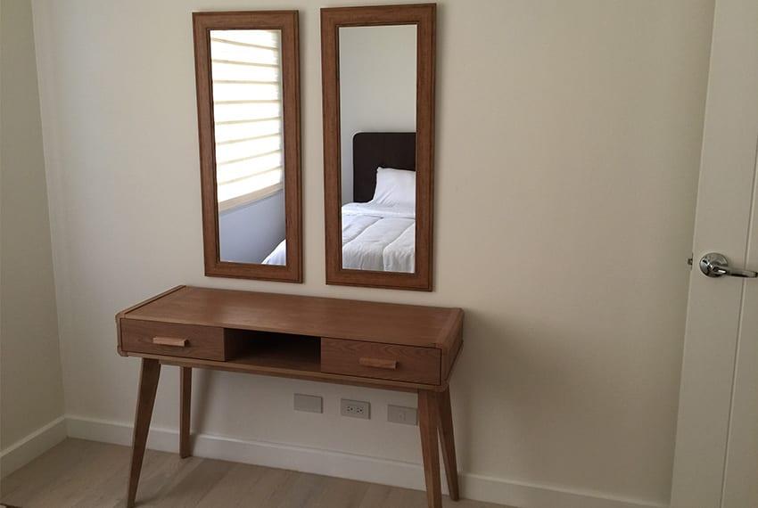 2-bedroom-in-rockwell-32-sanson-for-rent-dresser
