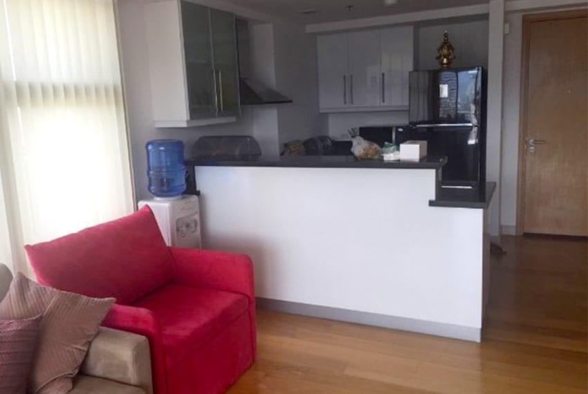park-point-residences-1-bedroom-sofa