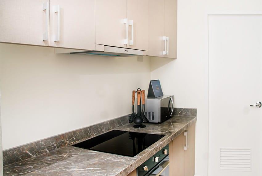 32-sanson-for-rent-kitchen