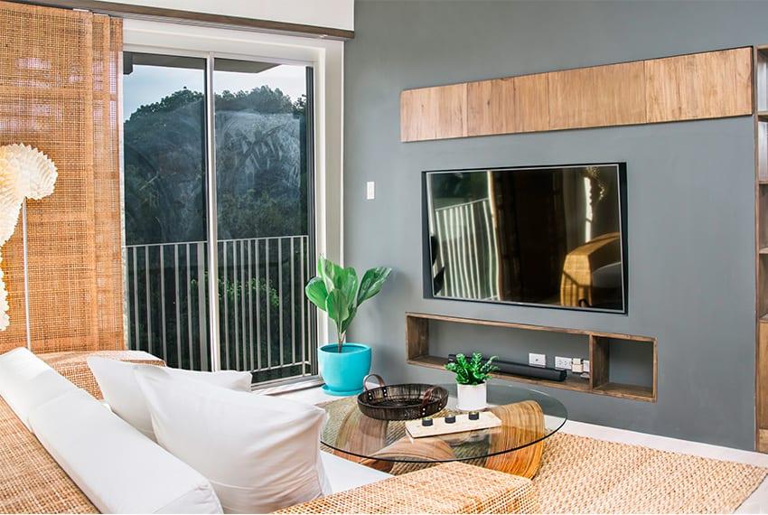 32-sanson-for-rent-living-area