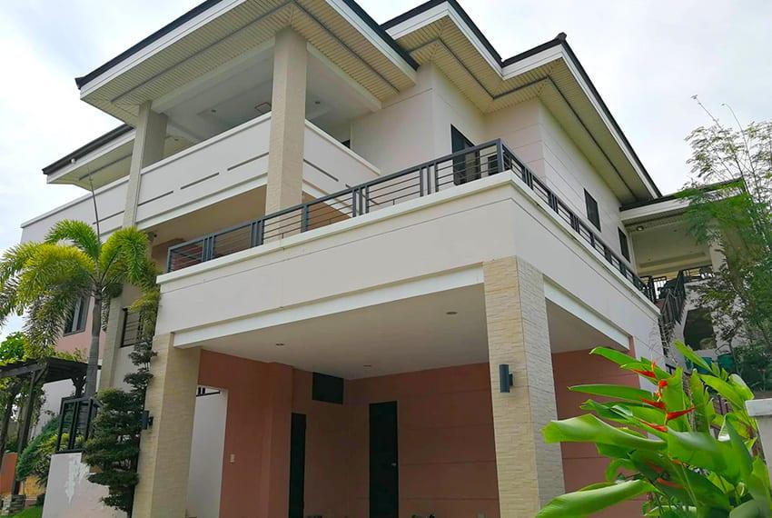 pristina-north-house-for-sale-in-talamban-facade