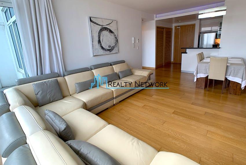 1016-2-bedroom-for-rent-living