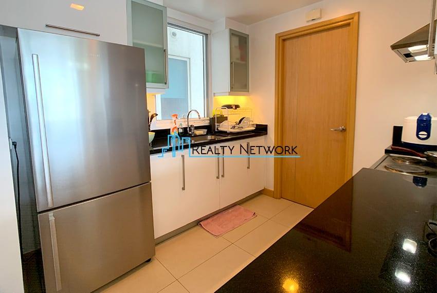 1016-2-bedroom-for-rent-sink
