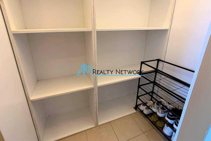 1016-2-bedroom-for-rent-storage-cabinet