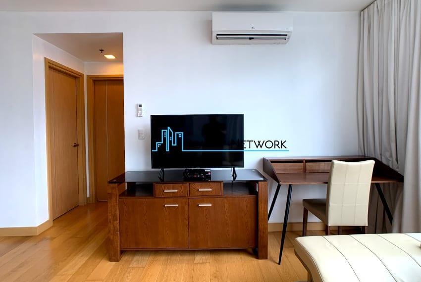 1016-2-bedroom-for-rent-tv