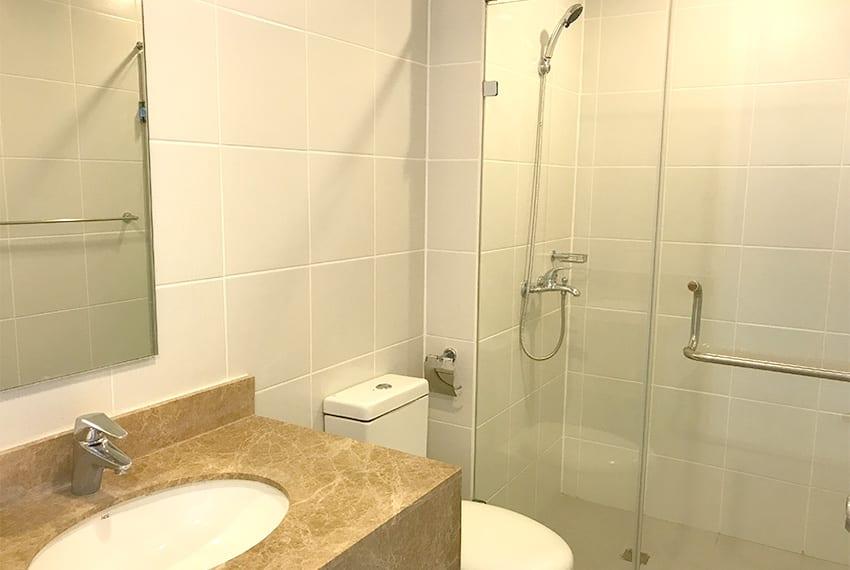marco-polo-residences-2-bedroom-guest-bathroom