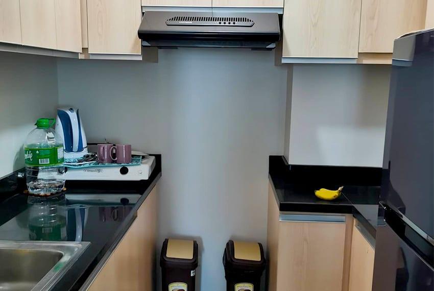 solinea-2-bedroom-for-rent-kitchen