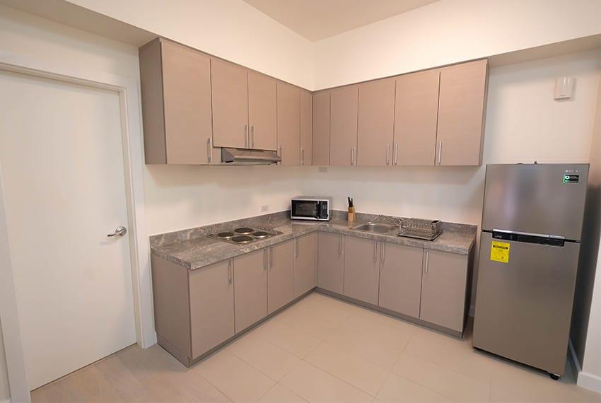 32-sanson-buri-1-bedroom-for-rent-L-kitchen