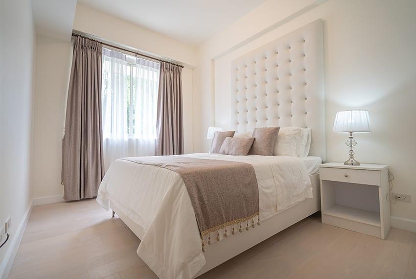 32-sanson-buri-1-bedroom-for-rent-masters-bedroom