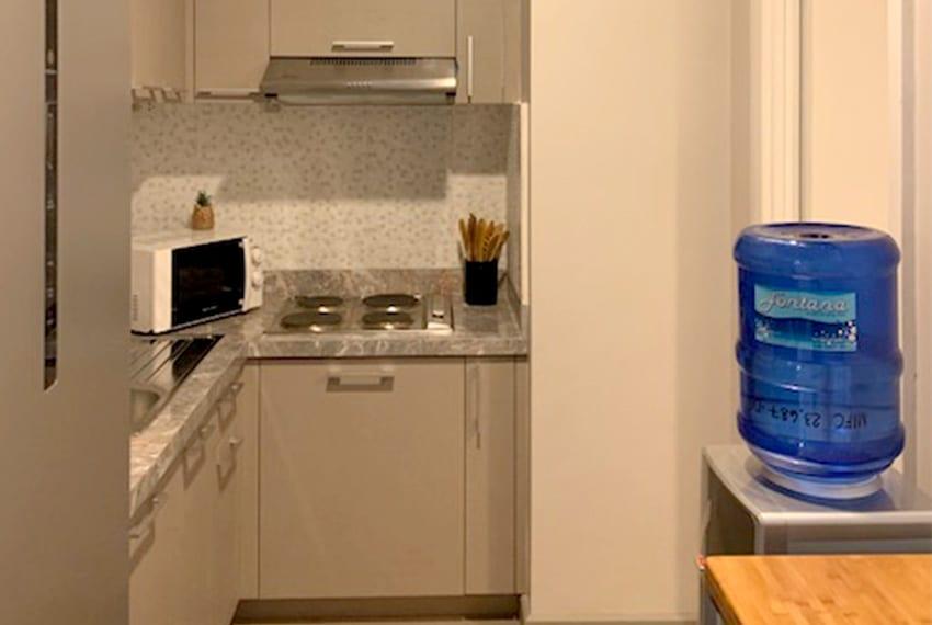 32-sanson-gmelina-2-bedroom-for-rent-side-kitchen