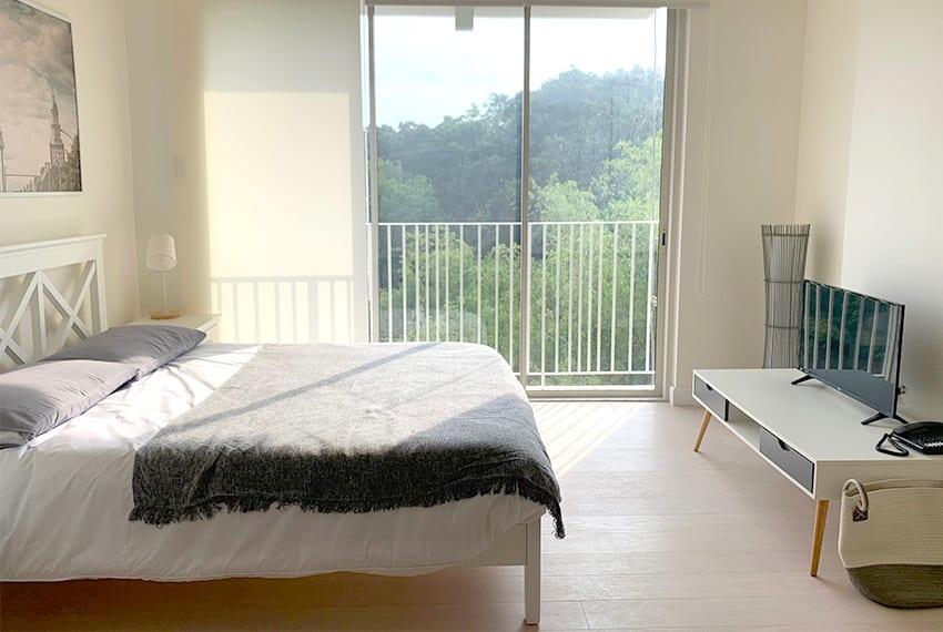 32-sanson-studio-unit-for-rent-side-bed