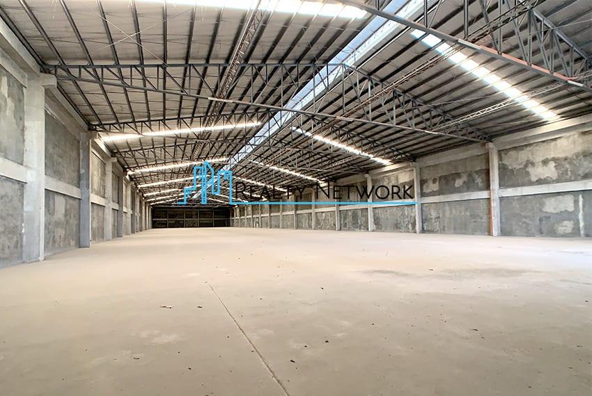4000-sqm-warehouse-in-paknaan-mandaue-for-rent-left