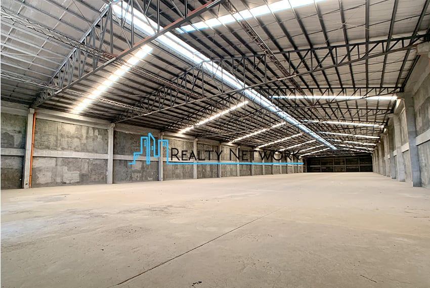 4000-sqm-warehouse-in-paknaan-mandaue-for-rent-right