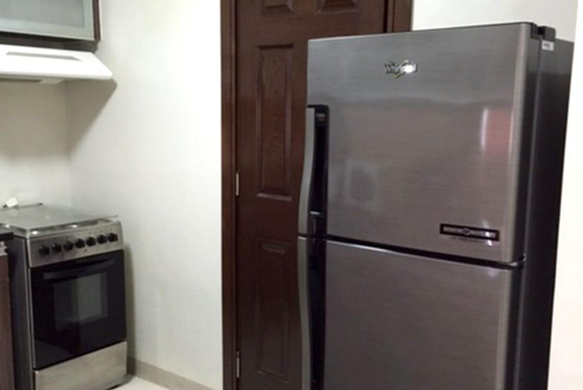 avalon-2-bedroom-for-rent-kitchen