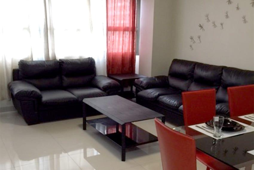 avalon-2-bedroom-for-rent-living-room