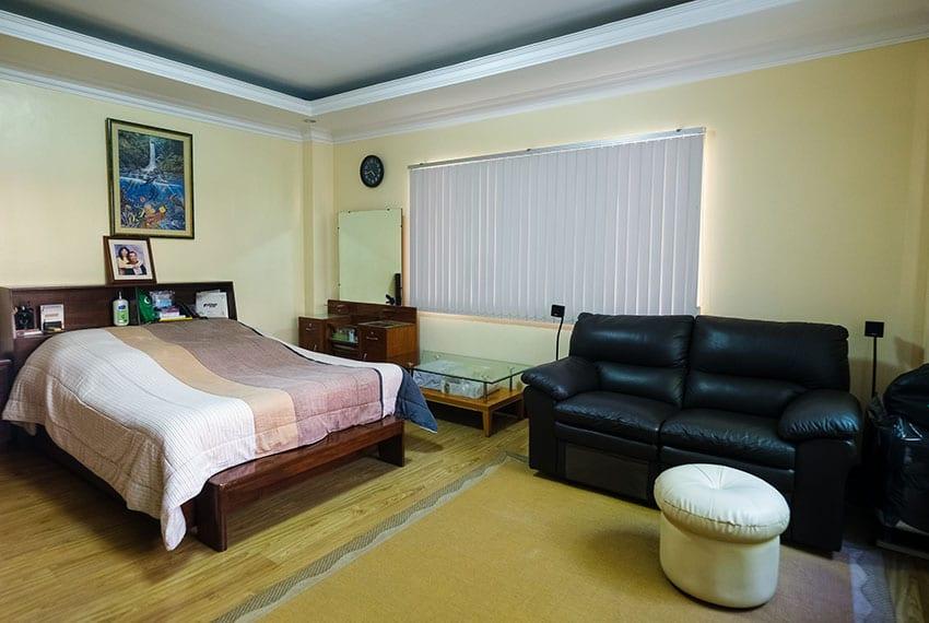 garnetville-house-for-sale-4th-bedroom-bed