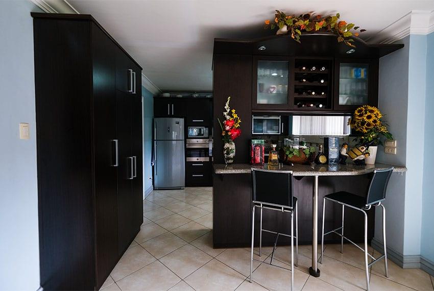garnetville-house-for-sale-kitchen-nook