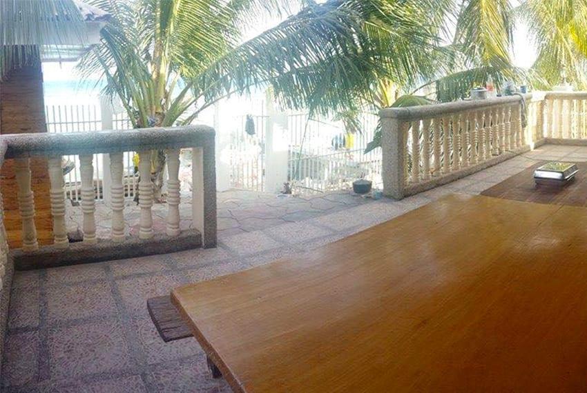 oslob-beach-house-for-sale-beach-lanai