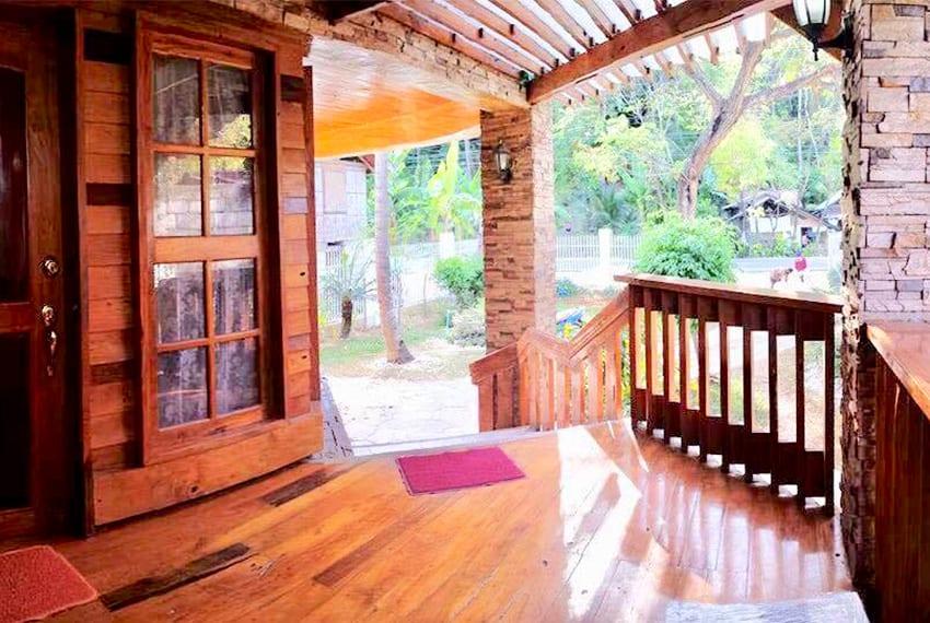 oslob-beach-house-for-sale-foyer
