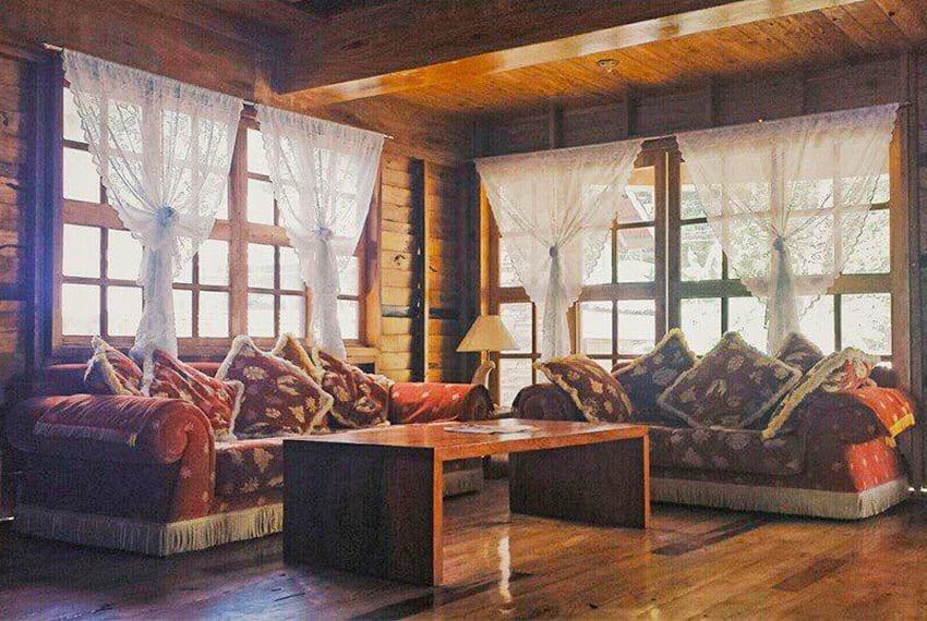 oslob-beach-house-for-sale-living-area
