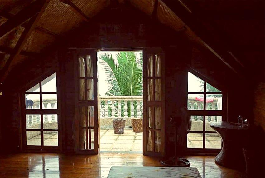 oslob-beach-house-for-sale-upper-terrace