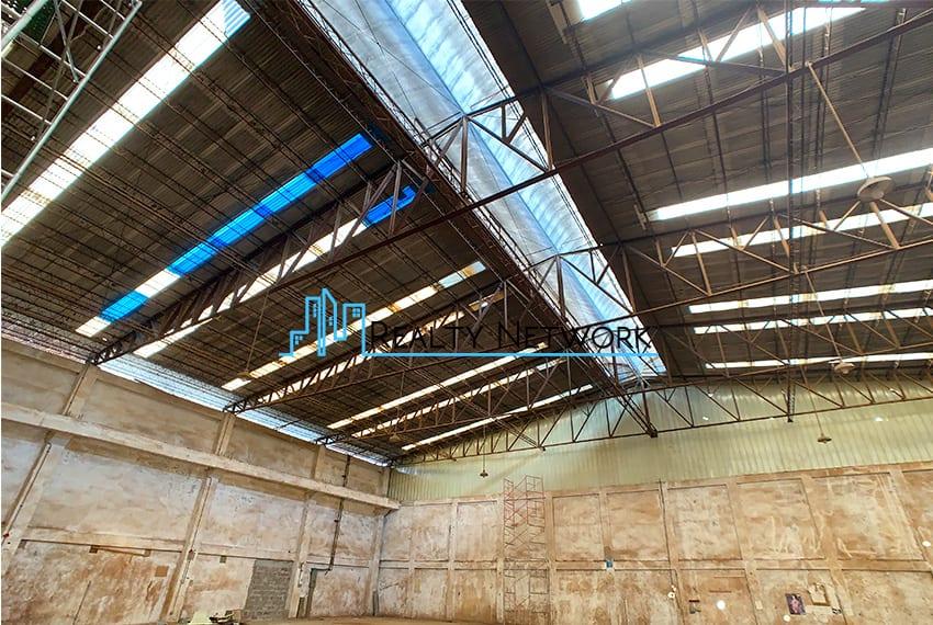 warehouse-for-rent-in-mandaue-ceiling