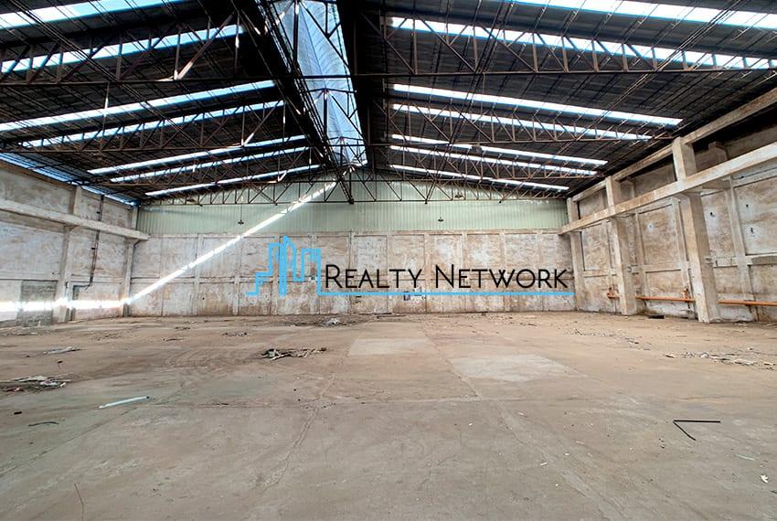 warehouse-for-rent-in-mandaue-inner-warehouse-center-entrance