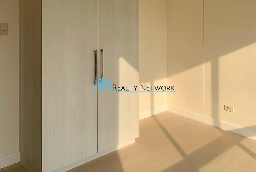 3-bedroom-in-32-sanson-rockwell-for-sale-2nd-bedroom