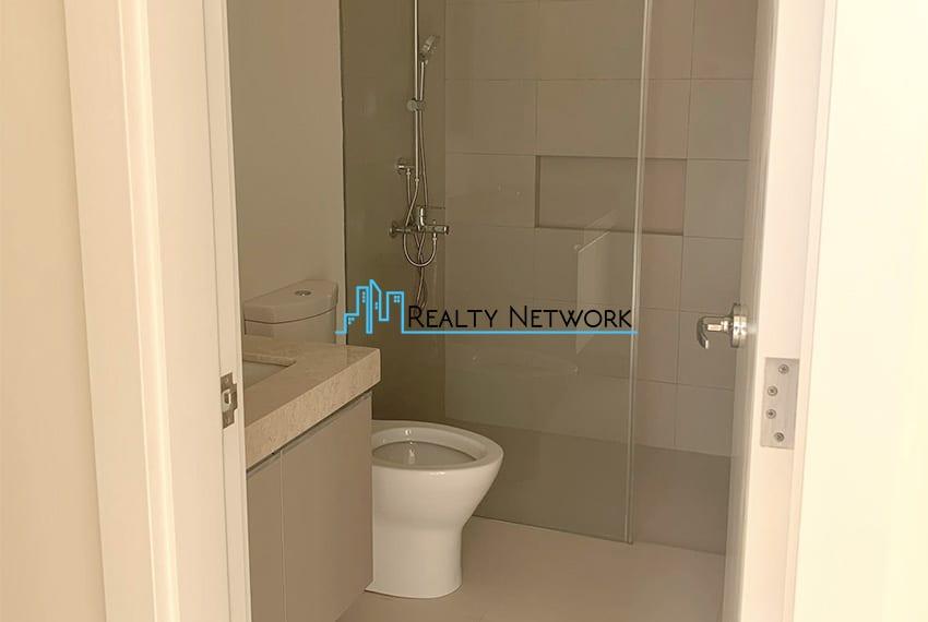 3-bedroom-in-32-sanson-rockwell-for-sale-bathroom