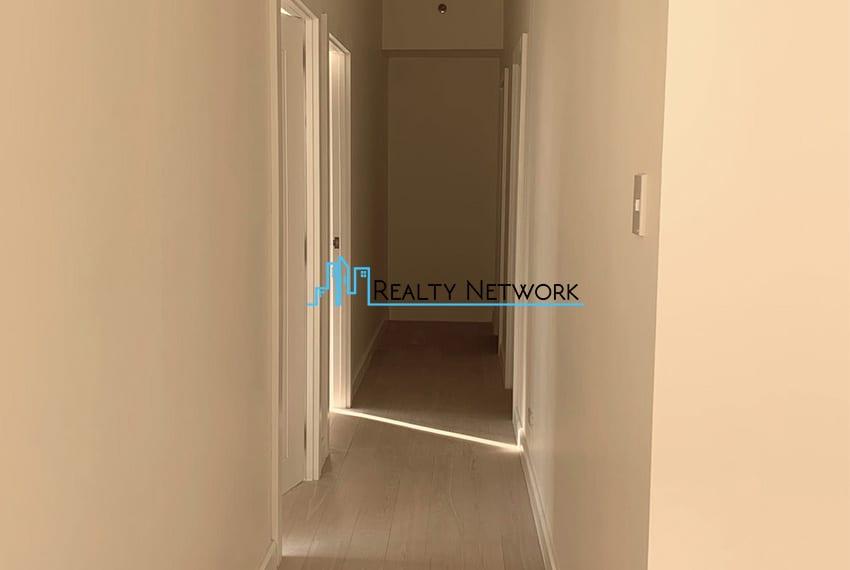3-bedroom-in-32-sanson-rockwell-for-sale-hallway