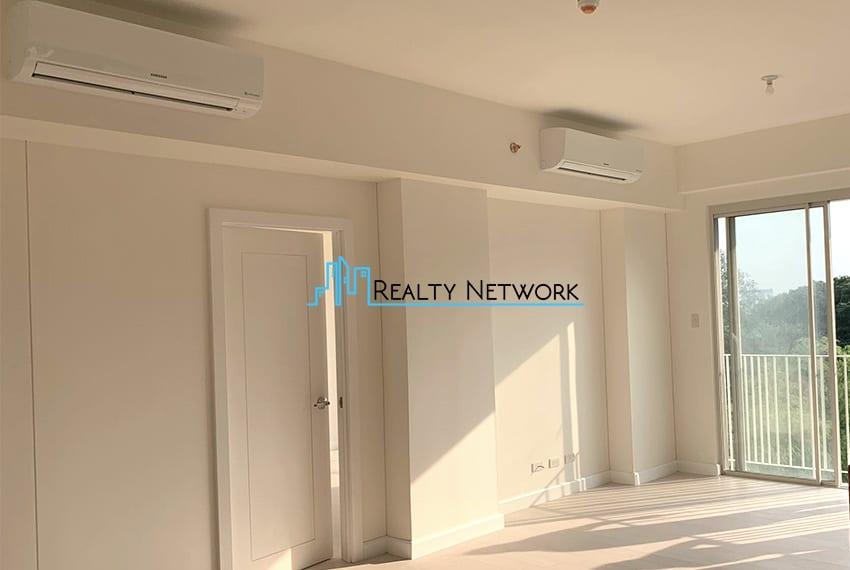 3-bedroom-in-32-sanson-rockwell-for-sale-living