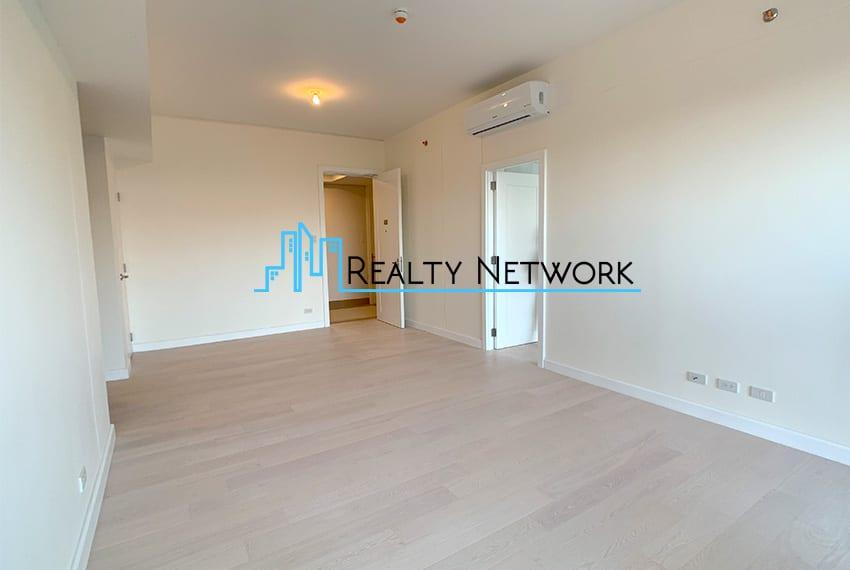 32-sanson-1-bedroom-executive-for-sale-living-area