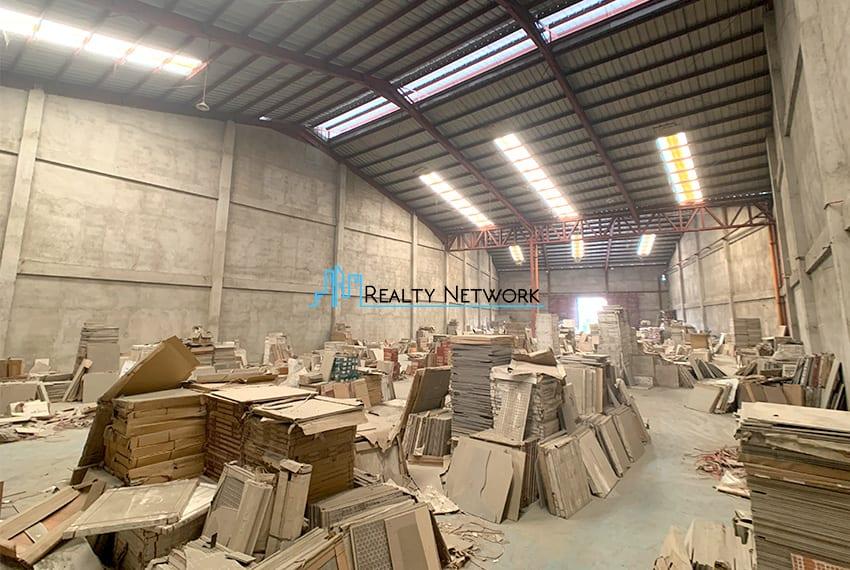 warehouse-for-rent-in-hernan-cortes-mandaue-city-1000-sqm-back-right