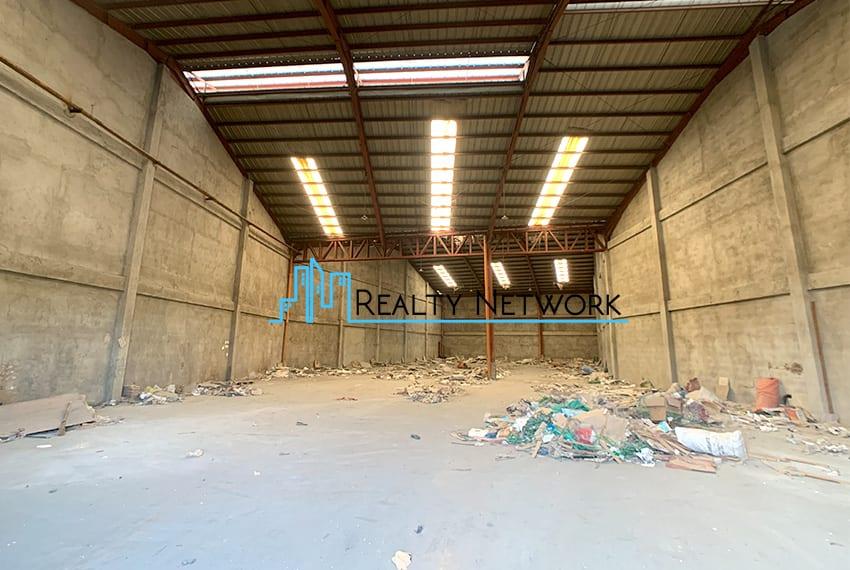 warehouse-for-rent-in-hernan-cortes-mandaue-city-1000-sqm-entrance