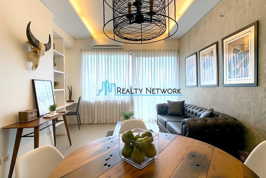 interiored-condo-in-it-park-cebu-dining