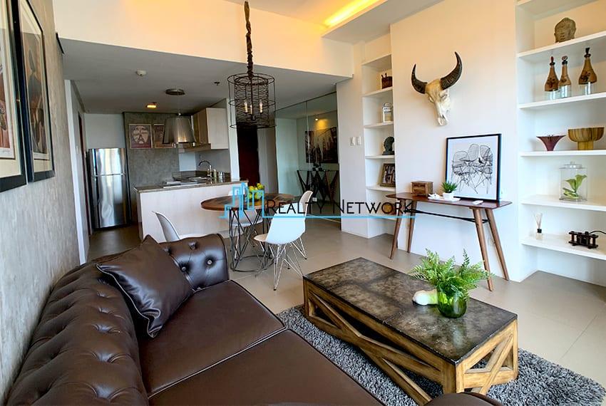 interiored-condo-in-it-park-cebu-living-room