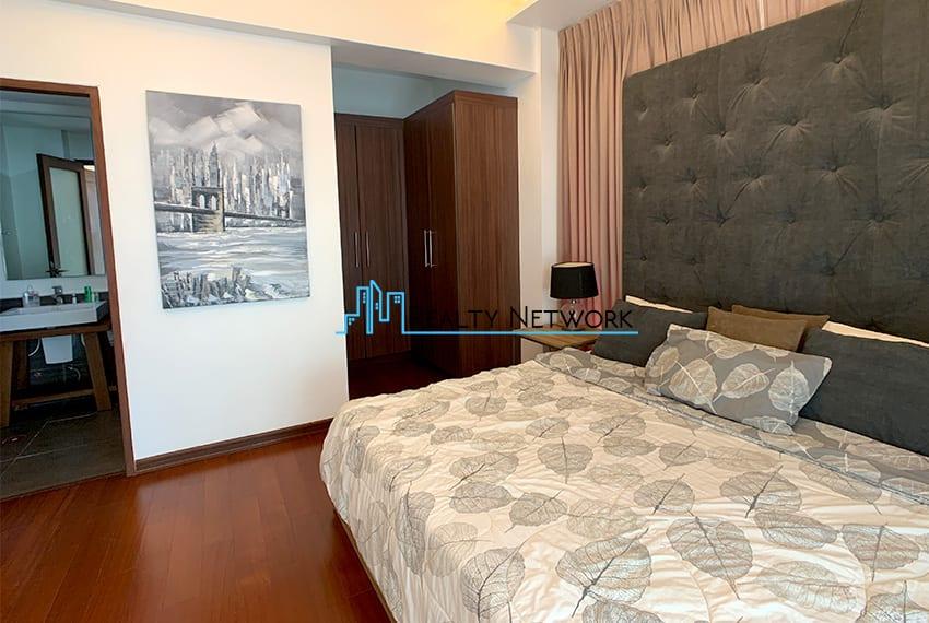 interiored-condo-in-it-park-cebu-masters-room