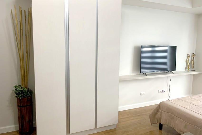 solinea-studio-for-rent-in-cebu-business-park-cabinet