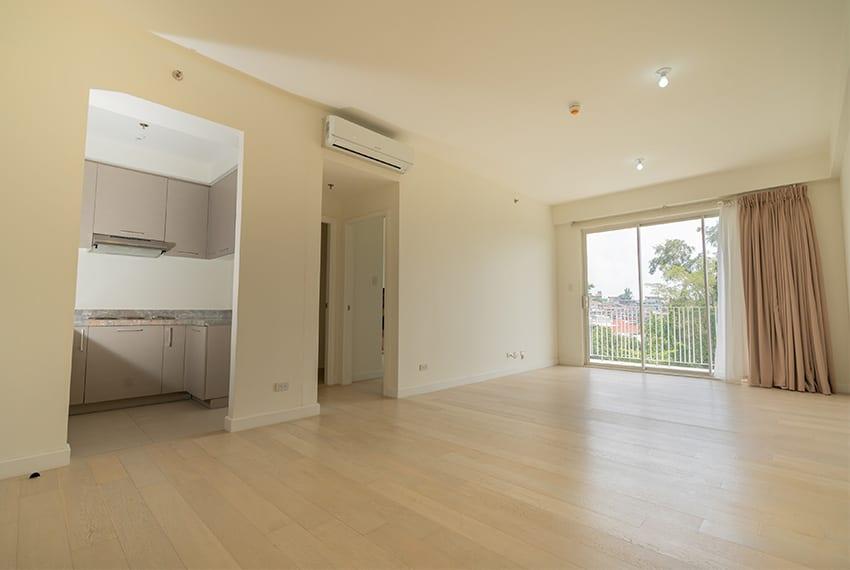 bare-1-bedroom-in-32-sanson-for-rent-living-room