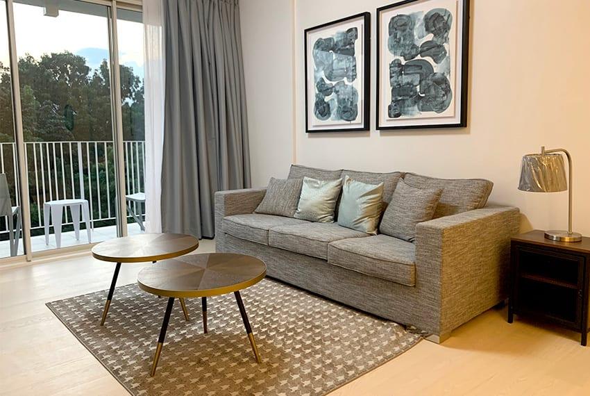 rustic-2-bedroom-in-32-sanson-for-rent-living-room