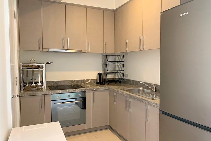 simple-2-bedroom-in-32-sanson-kitchen