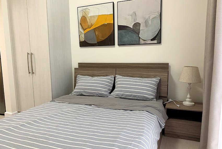 studio-for-rent-in-32-sanson-rockwell-lahug-cebu-bed