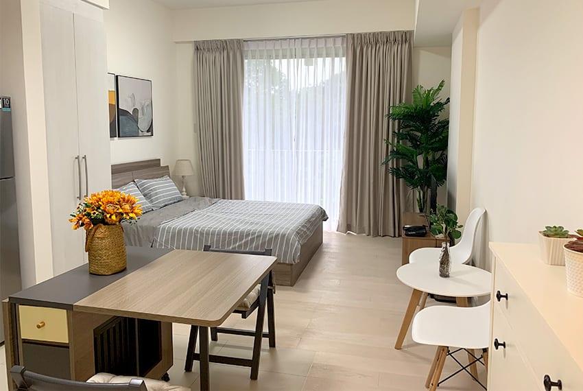 studio-for-rent-in-32-sanson-rockwell-lahug-cebu-living-area