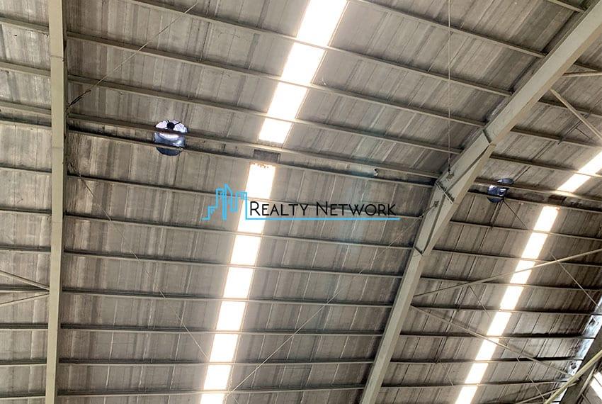 900sqm-warehouse-for-rent-in-tingub-mandaue-cebu-ceiling