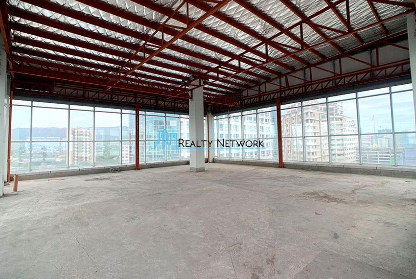 bare-office-space-near-ayala-cebu-business-park-for-rent-inside